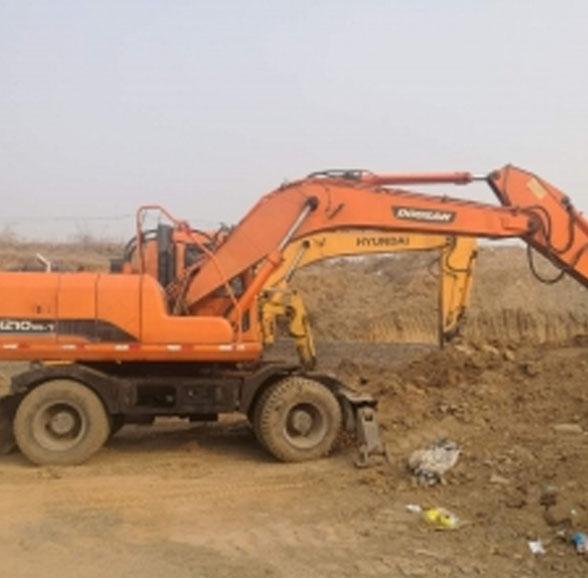 胶轮挖掘机