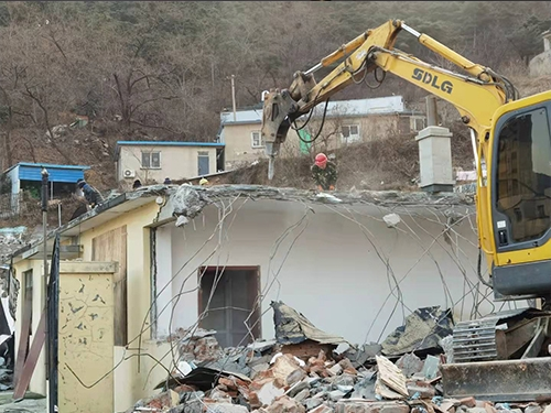 房屋拆迁施工