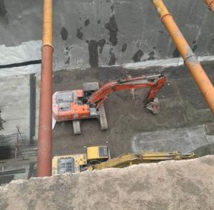 大连挖掘机出租